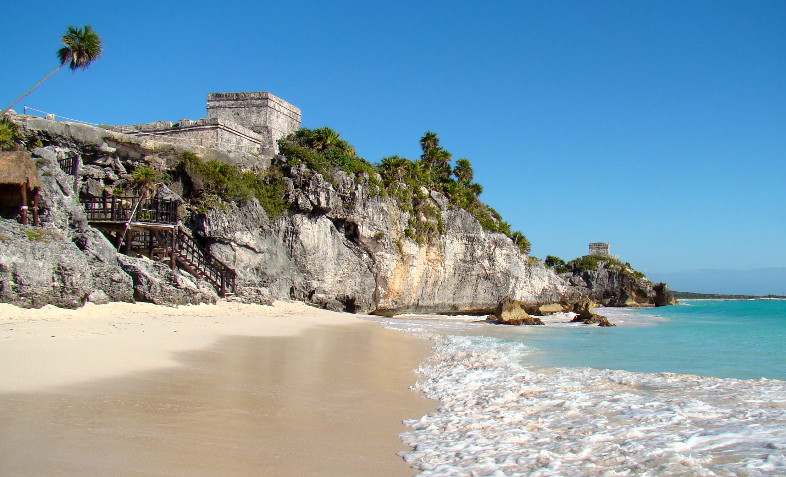 Tulum-Seaside-2010.jpg