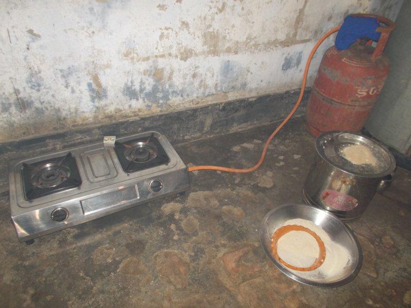 cooking space.JPG