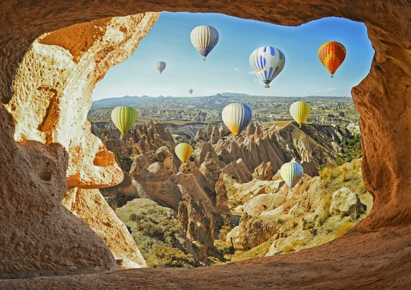 Cappadocia-Balloons-iStock-666480002-maroznc-1419x1000.jpg