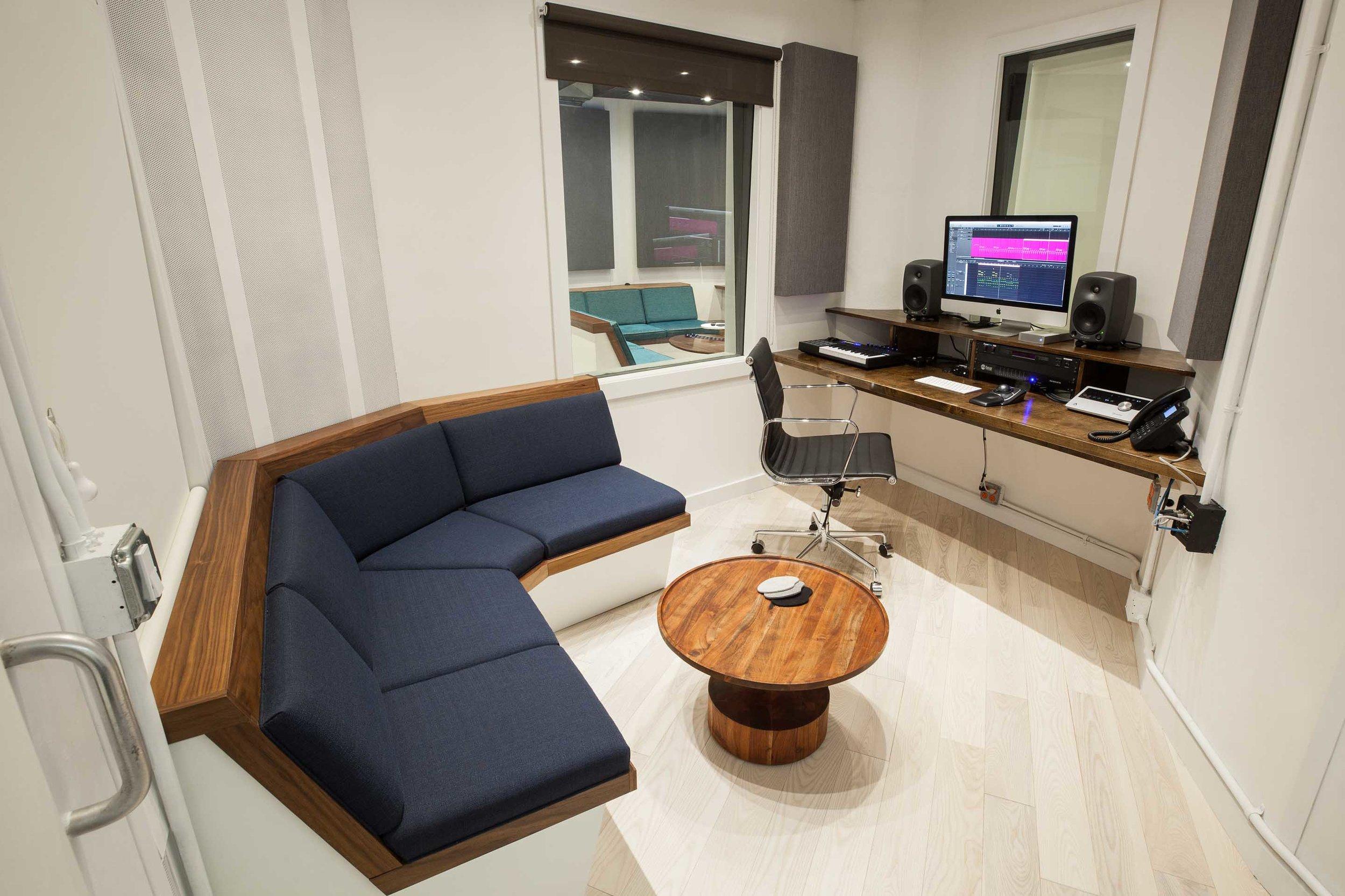 Studio 4 photo 2.jpg