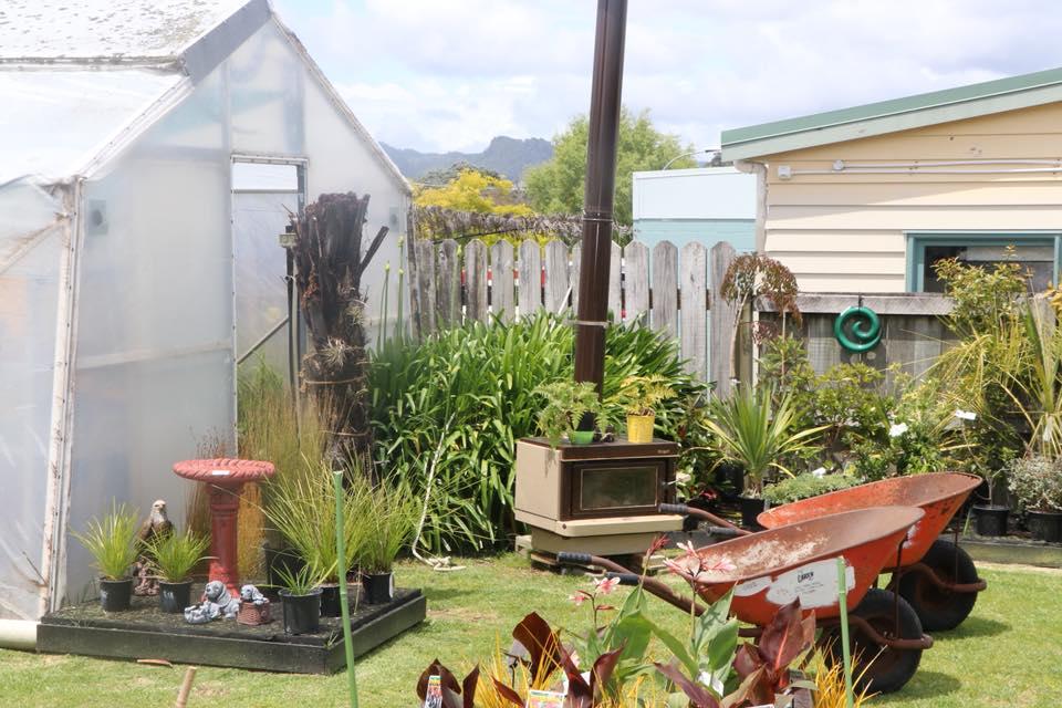 gardenshedfireplace.jpg