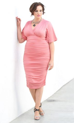 plus-size-dresses-in-pantone-color-2016-pink-quartz-5-rumor-011416_304x504.jpg