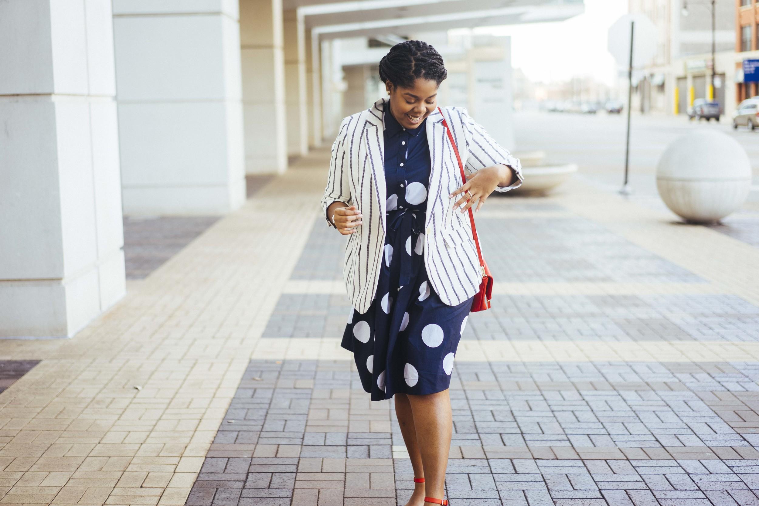 That Hayet Rida Talbots Nautical Striped Blazer Polka dot Dress Pearl Bangles Red Bag Plus Size Looks Blogger 4.jpg