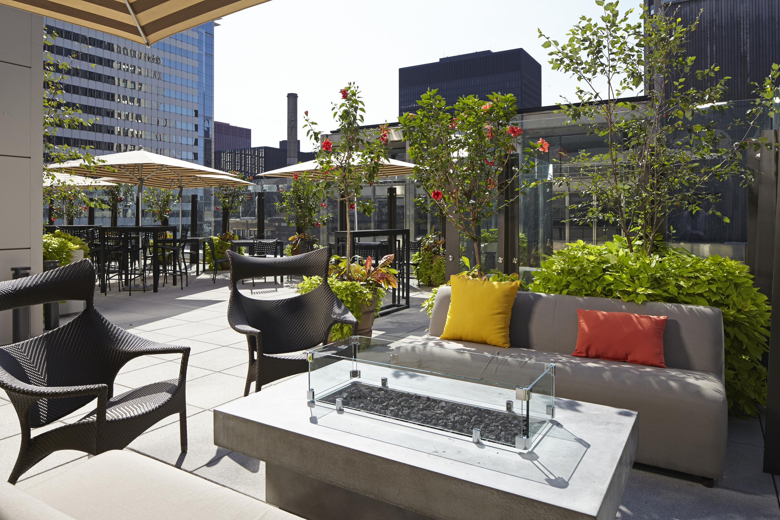 aire1hyatt_hyattdam_images_2016_03_04_1150_Hyatt-Centric-The-Loop-Chicago-P123-Aire-Fire-Pit1.jpg