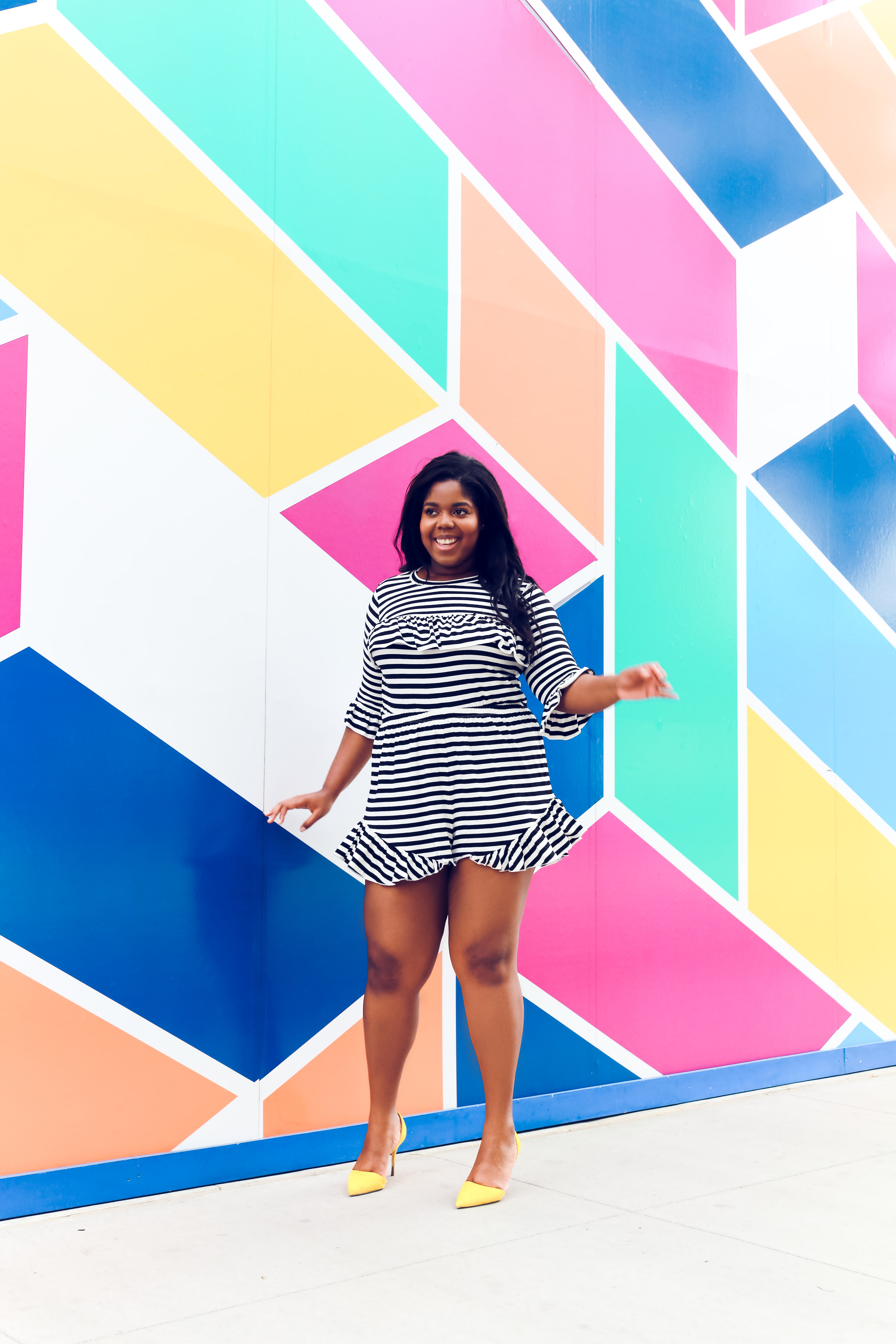 That Hayet Rida Chicago Walls Striped Set Asos Curve top in stripe with ruffle drill shorts plus size blogger  2.JPG
