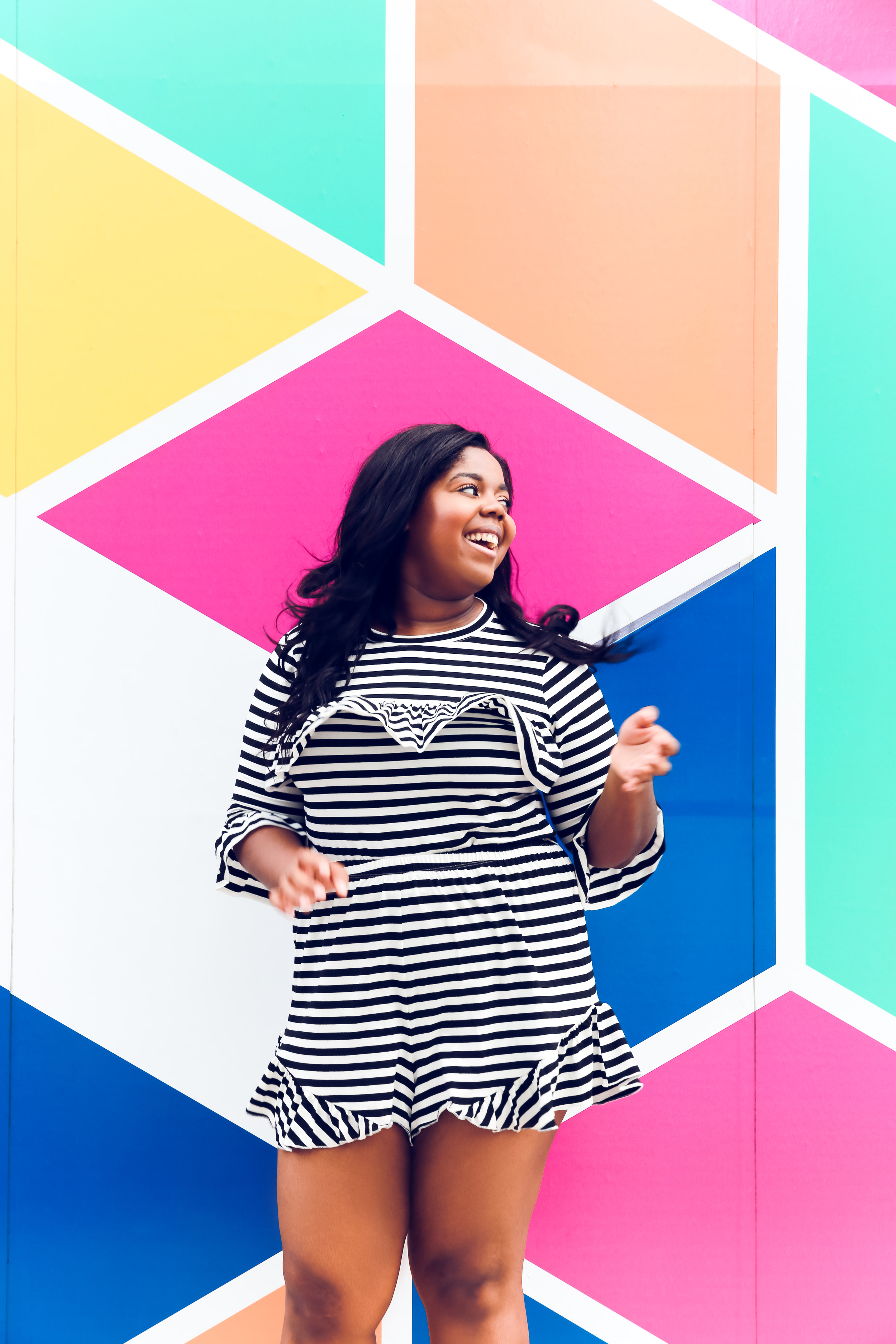 That Hayet Rida Chicago Walls Striped Set Asos Curve top in stripe with ruffle drill shorts plus size blogger  3.JPG