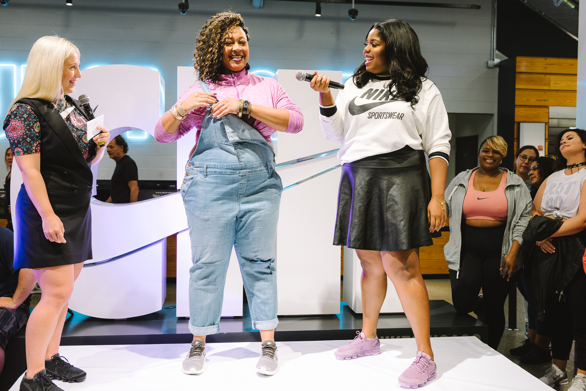Hayet Rida Chicago Nike Plus Size Line Event Fashion Lifestyle Blogger Nike Air Society Vapor Max 64.jpg