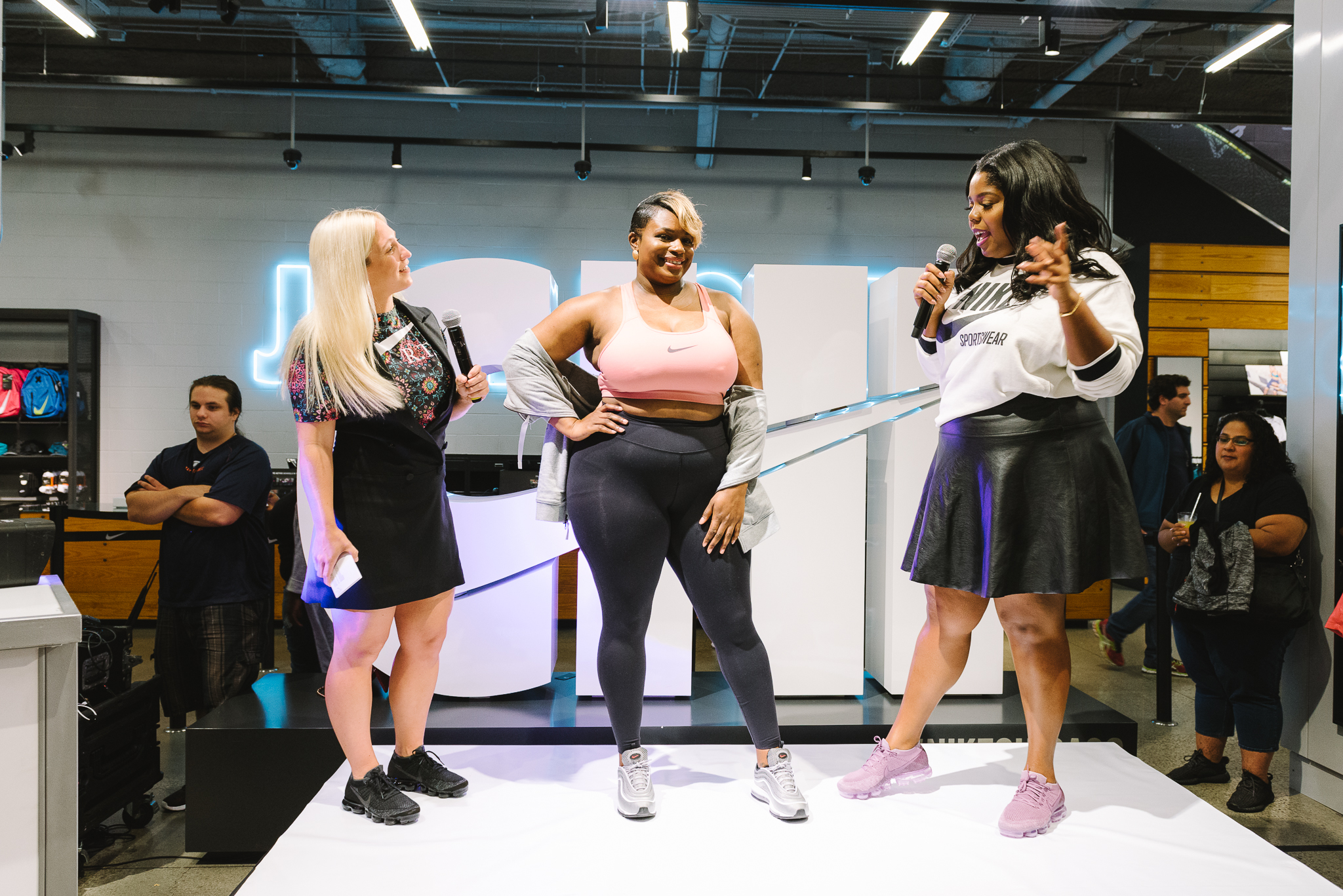Hayet Rida Chicago Nike Plus Size Line Event Fashion Lifestyle Blogger Nike Air Society Vapor Max 53.jpg