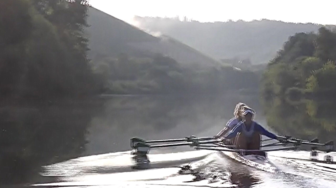 Rowing on River Main - Aussi/German combination