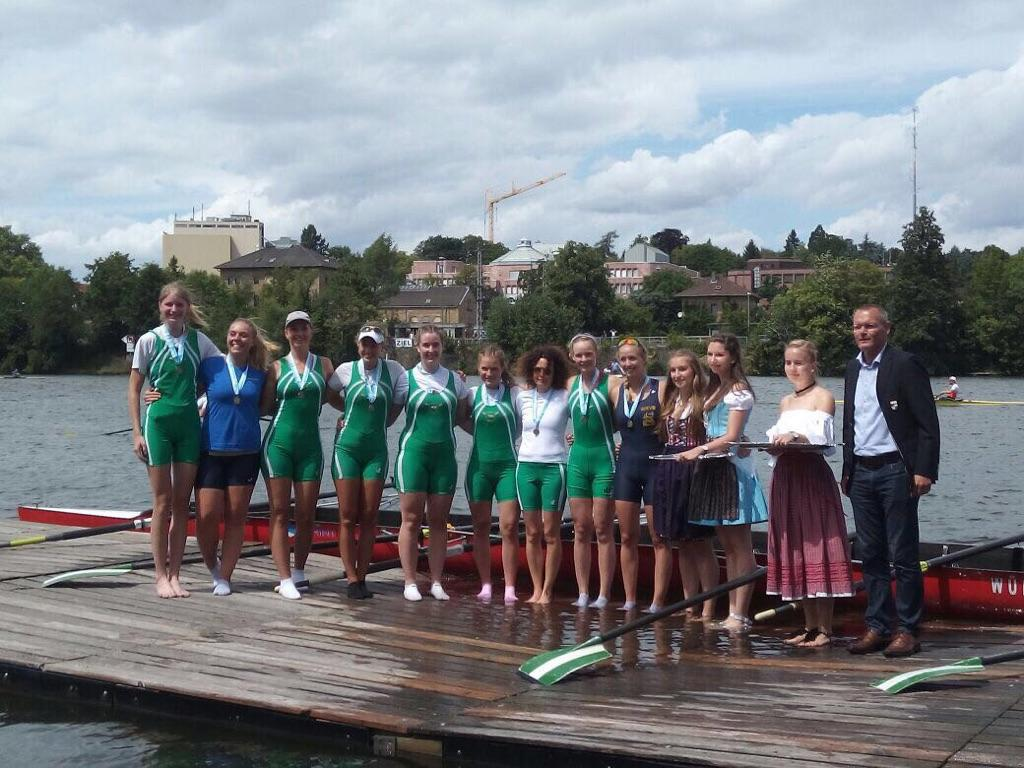 2017 Bavarian W8+ Champions with the daughter of our Aussie in 2 seat