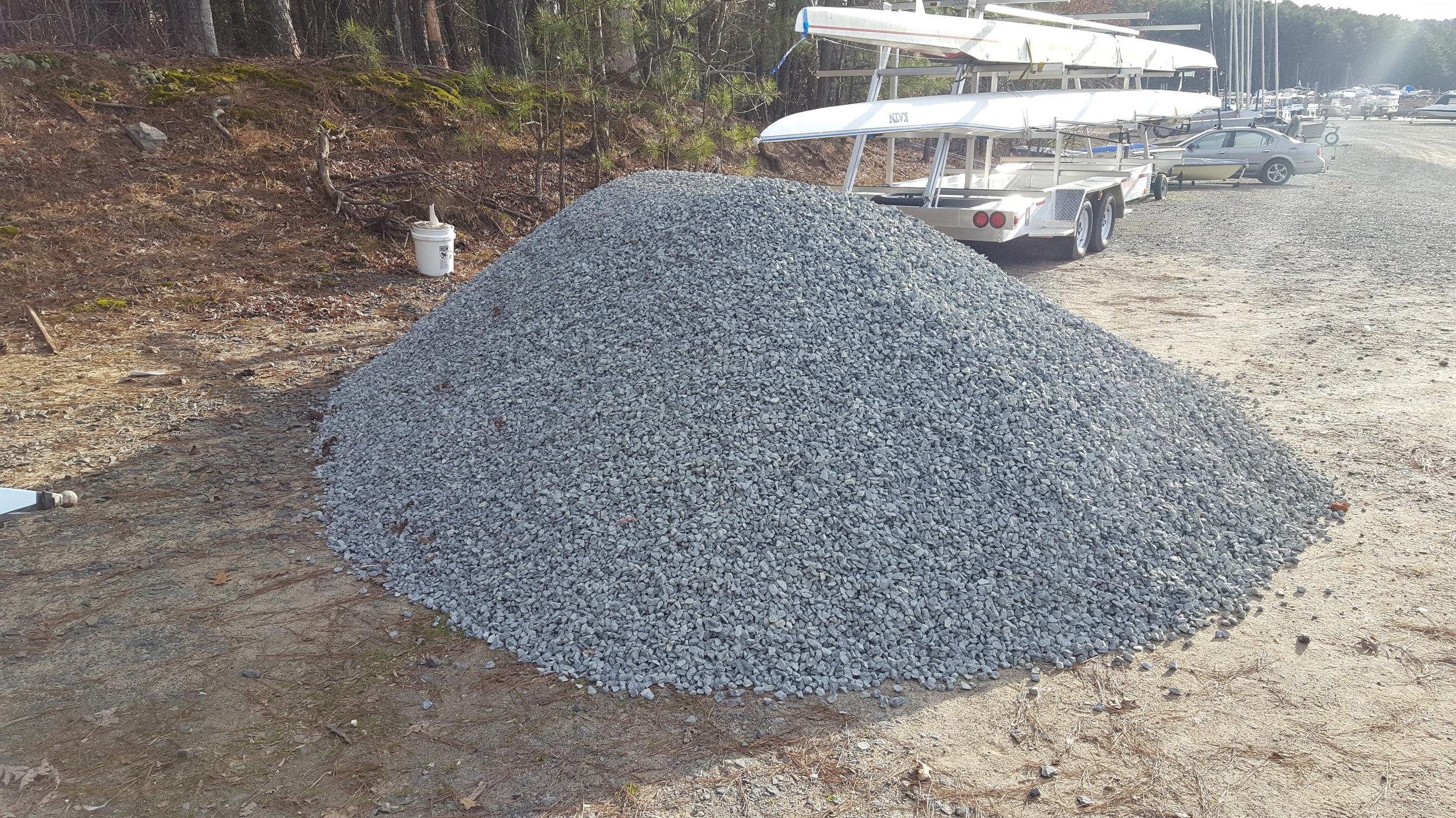 7.5 tons of gravel
