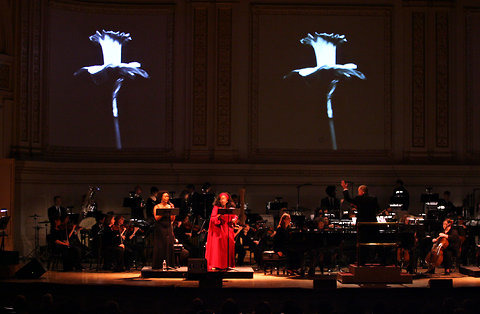 """Ari Mintz for The New York Times  Tracie Luck, left, and Jessye Norman in """"Ask Your Mama!"""" at Carnegie Hall in 2009."""