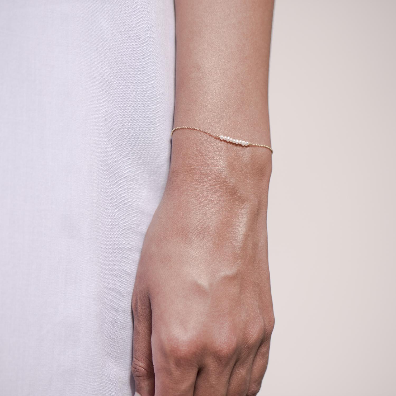 NANA Bijoux Armkette Goldplattiert Gold Mini Frischwasserperlen 9_3.JPG
