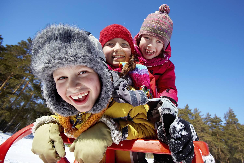 zalanta_kids_sledding.png