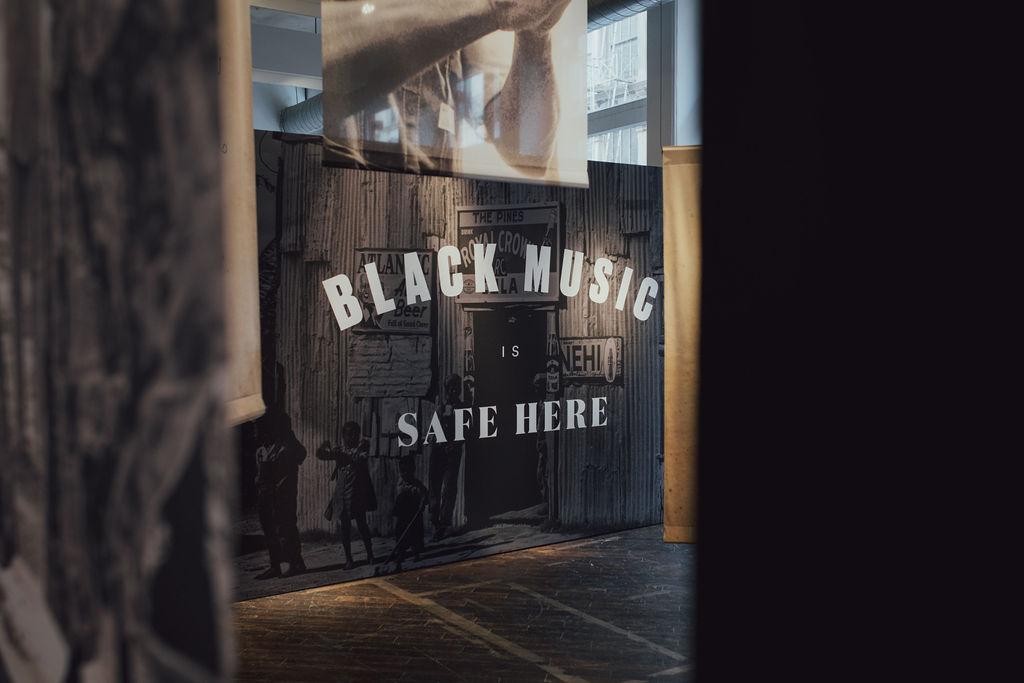 02_Spotify_Wear_Black_History_Imprint_Projects.jpg
