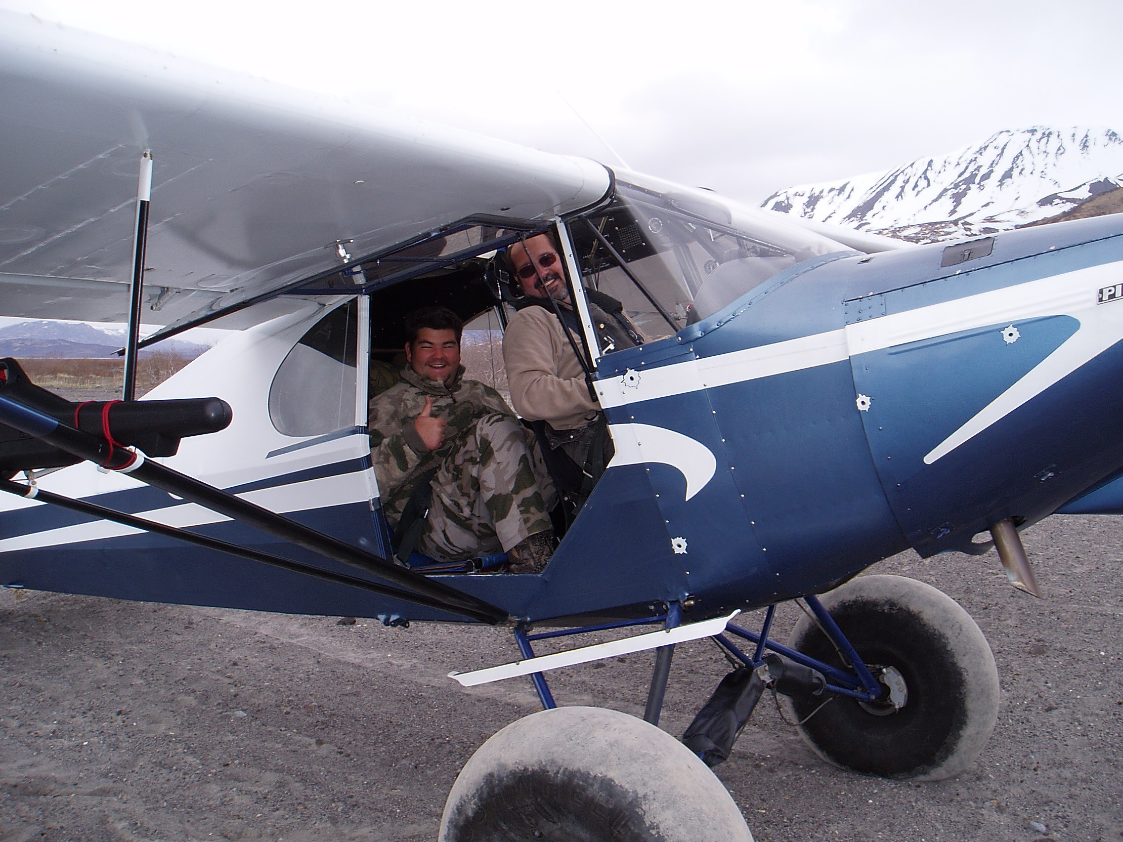 """Dee"" picking Greg up and flying him out.  Dee is a good friend and a guide and pilot for AAA Alaskan Outfitters."