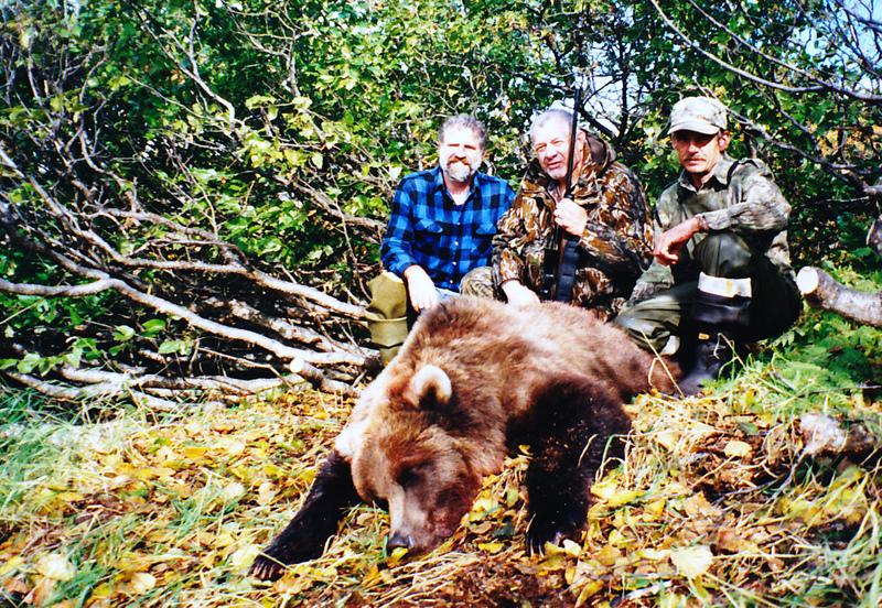 (L to R) Myself, client Dave Alderton, Kahoka, MO and guide Bob Wambach.