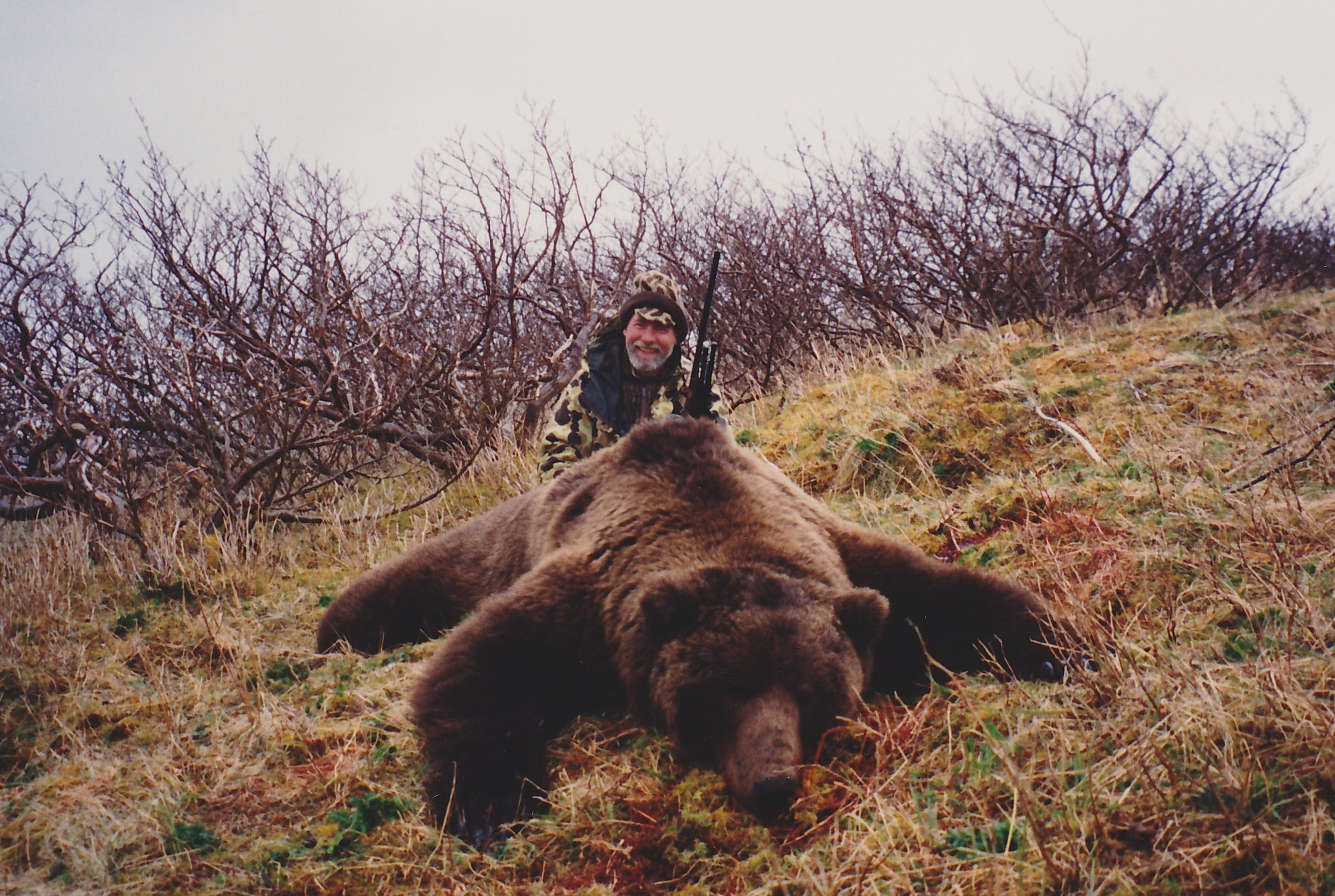 """Dave Gandee with his 10'3"""" brownie taken with AAA Alaskan Outfitters, Inc."""