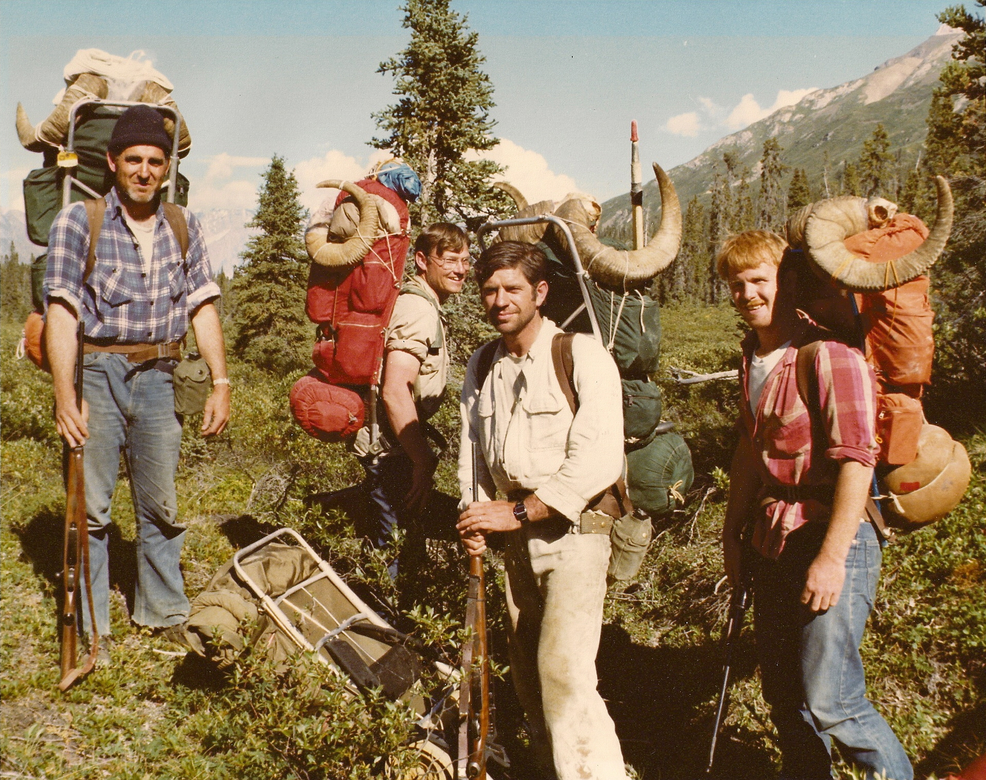 """(L to R) Chuck Berry, double broomed 36"""", Ron Watts, 36 1/2"""", me, 40"""" and Charles James, 40"""". This is the photo that the hunter from Wisconsin took of us. Great hunt!!"""