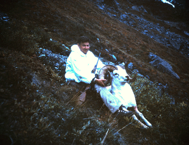 """Ron with his heavy based B&C 40"""" ram. As you can see it was getting close to dark."""