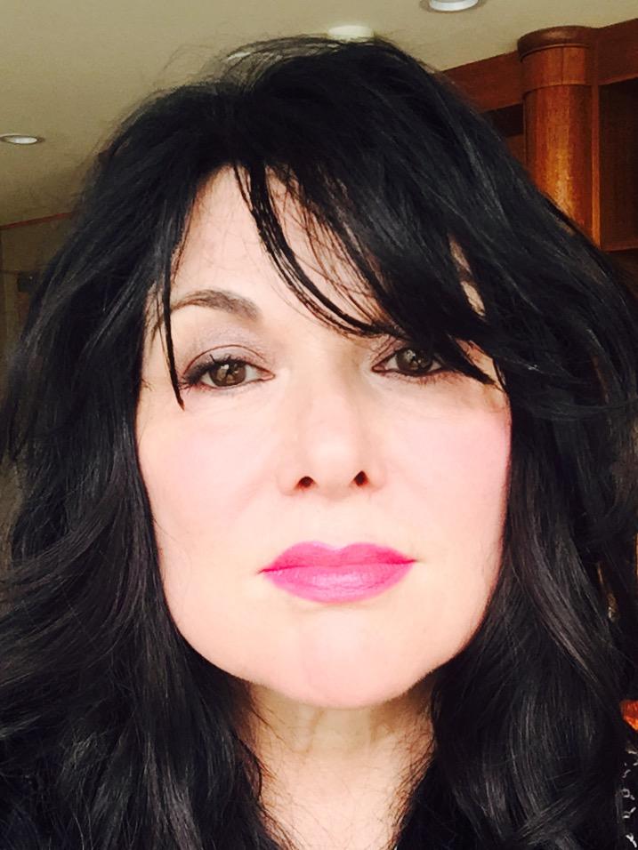 Ann wilson Selfie