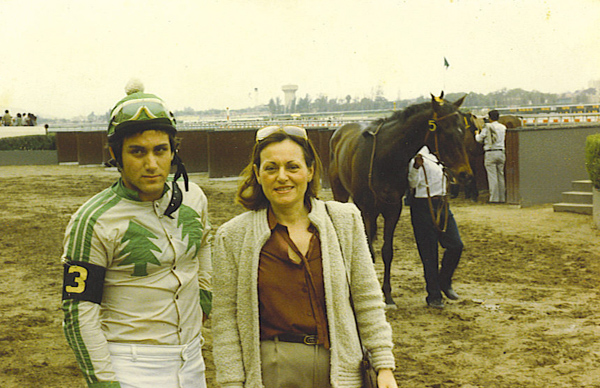 As a jockey at 16 years old with my mom !!!