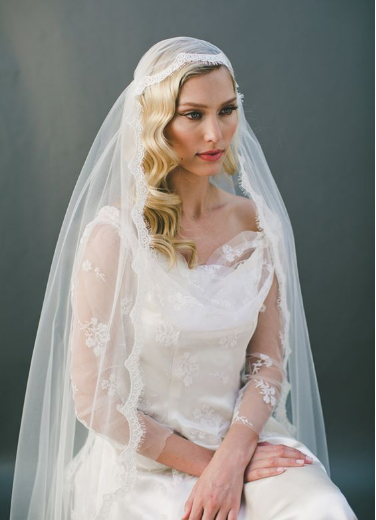 A beautiful Juliet cap style veil.