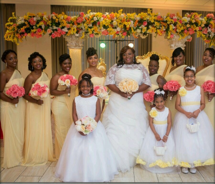 Our first Curvy Rose bride, Tavi on her wedding day.