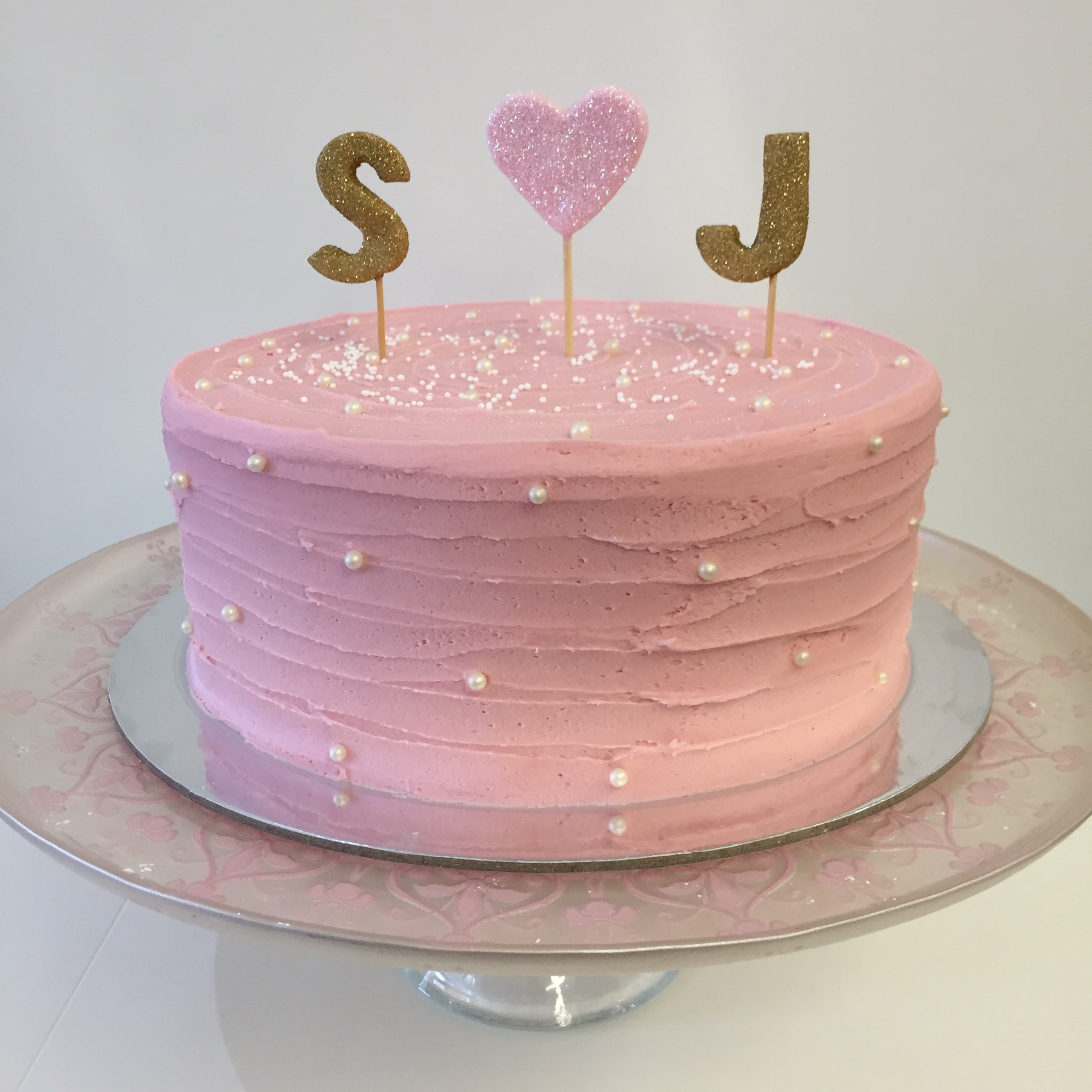 Vanilla Pod Engagement cake with glittered letters..JPG