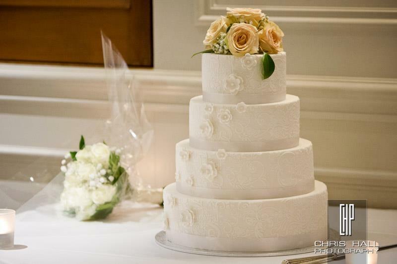 Vanilla Pod Wedding Cake - Stamford Plaze (1).JPG