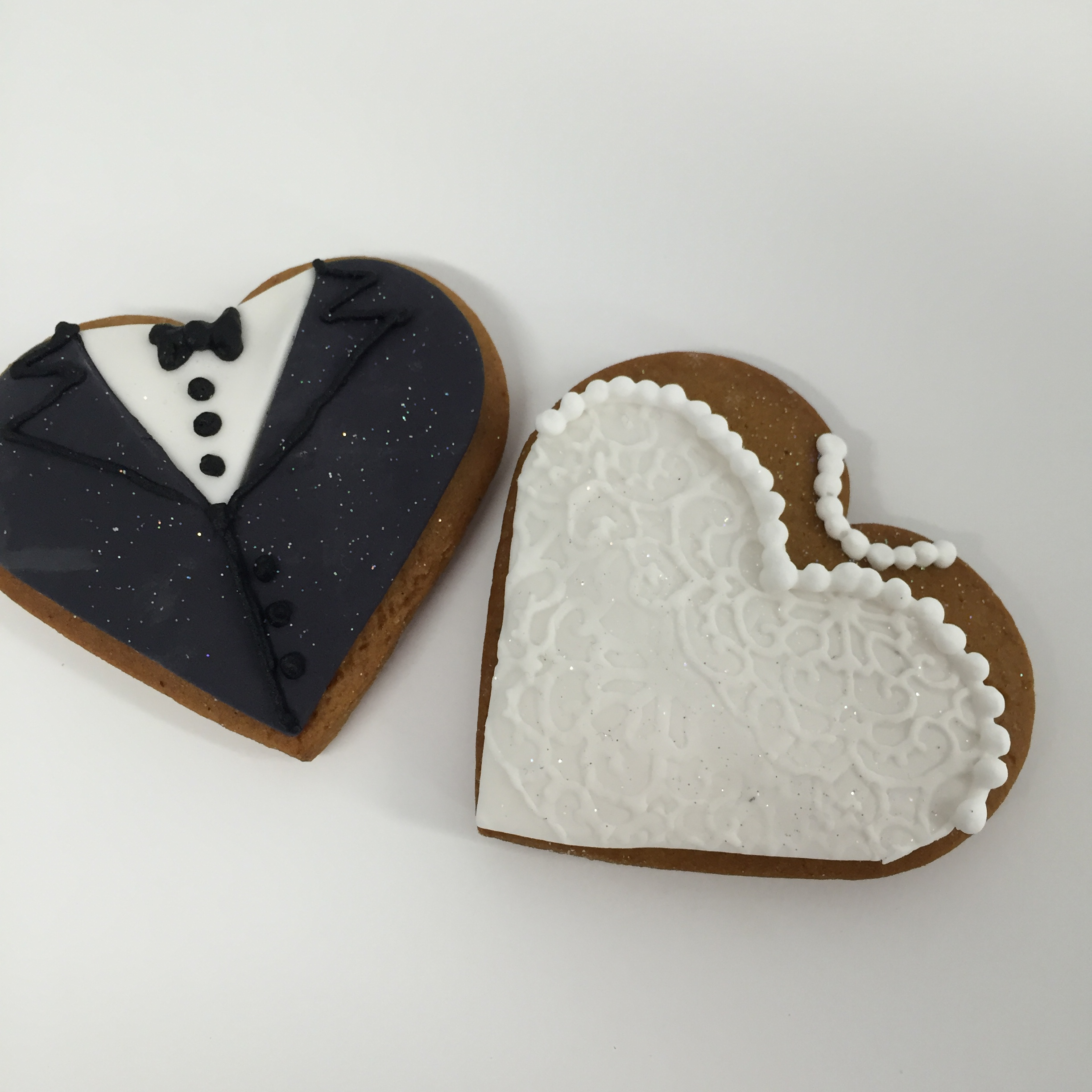 Vanilla pod Wedding Bonbonneires Bride and Groom Biscuits Brisbane.JPG