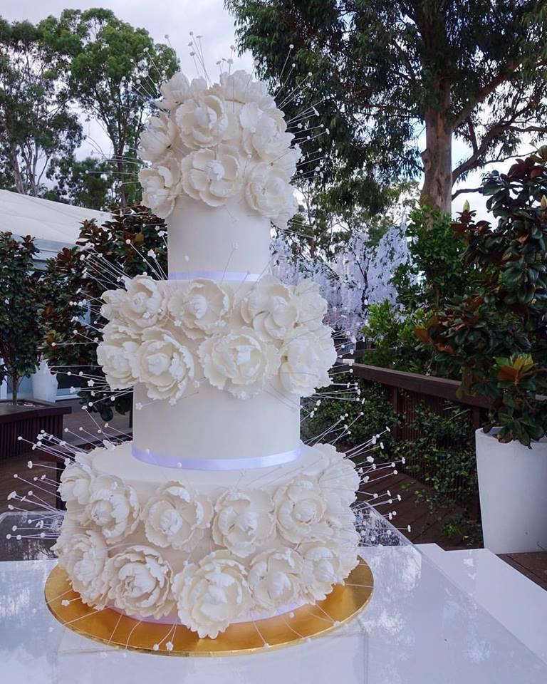 vanillapod-weddingcake-fondant.jpg
