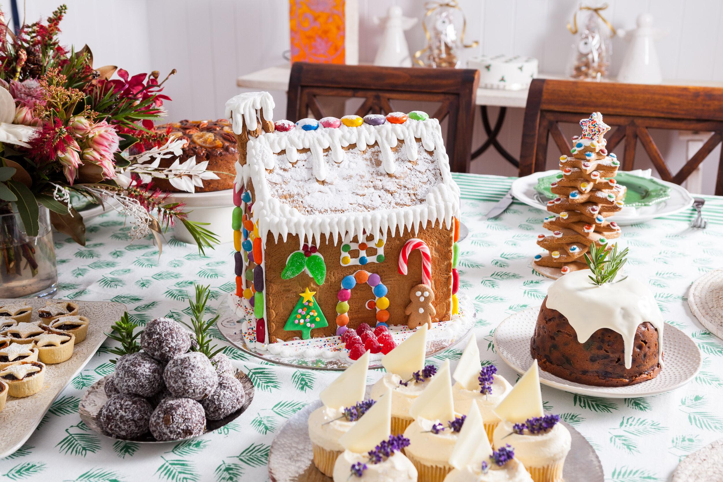 Vanillapodspecialtycakes_Christmas2019-90.jpg