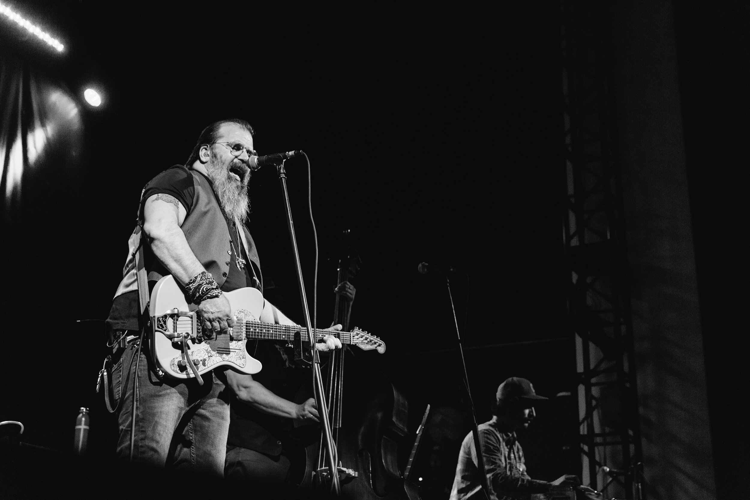 Tower_Steve Earle (21 of 34).jpg
