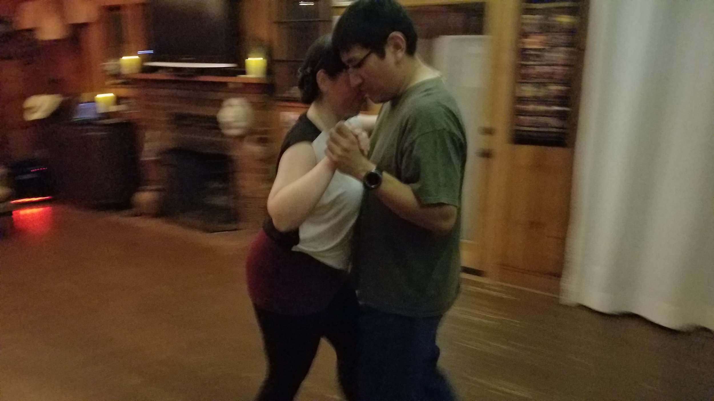 Beginners learning to enjoy Argentine Tango.