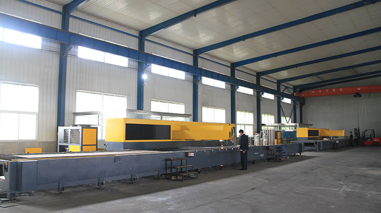 Large-scale laser cutting