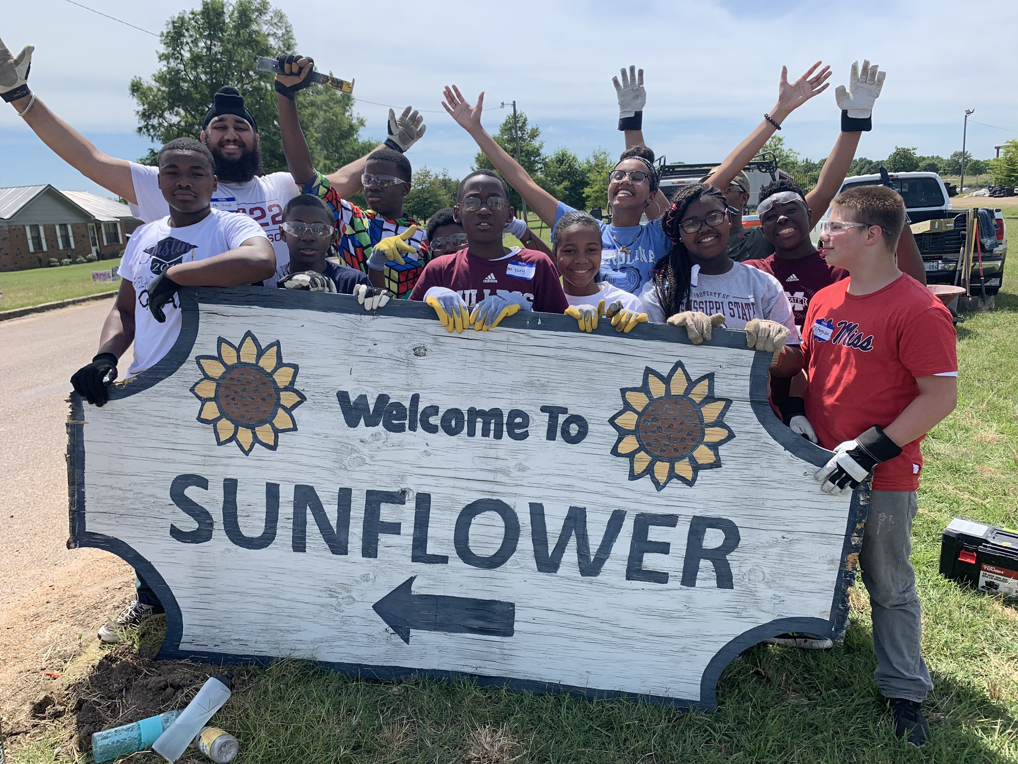 Fellows with the old Sunflower sign.