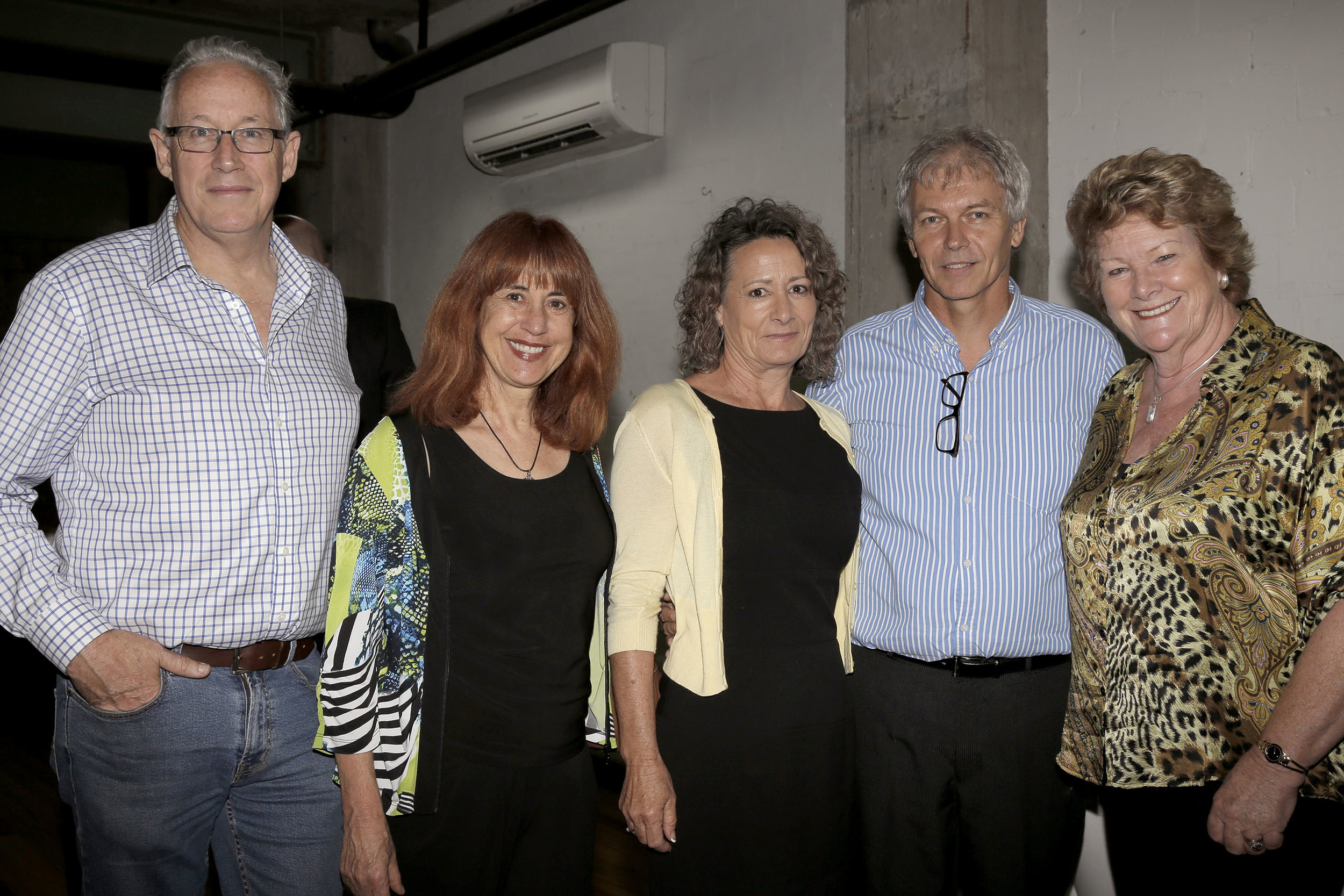 TRISTAN AND KAY (LEFT) WITH JILLIAN SKINNER MP AND VIDEO PARTICIPANTS, AT LAUNCH OF THE PEACH VIDEO.