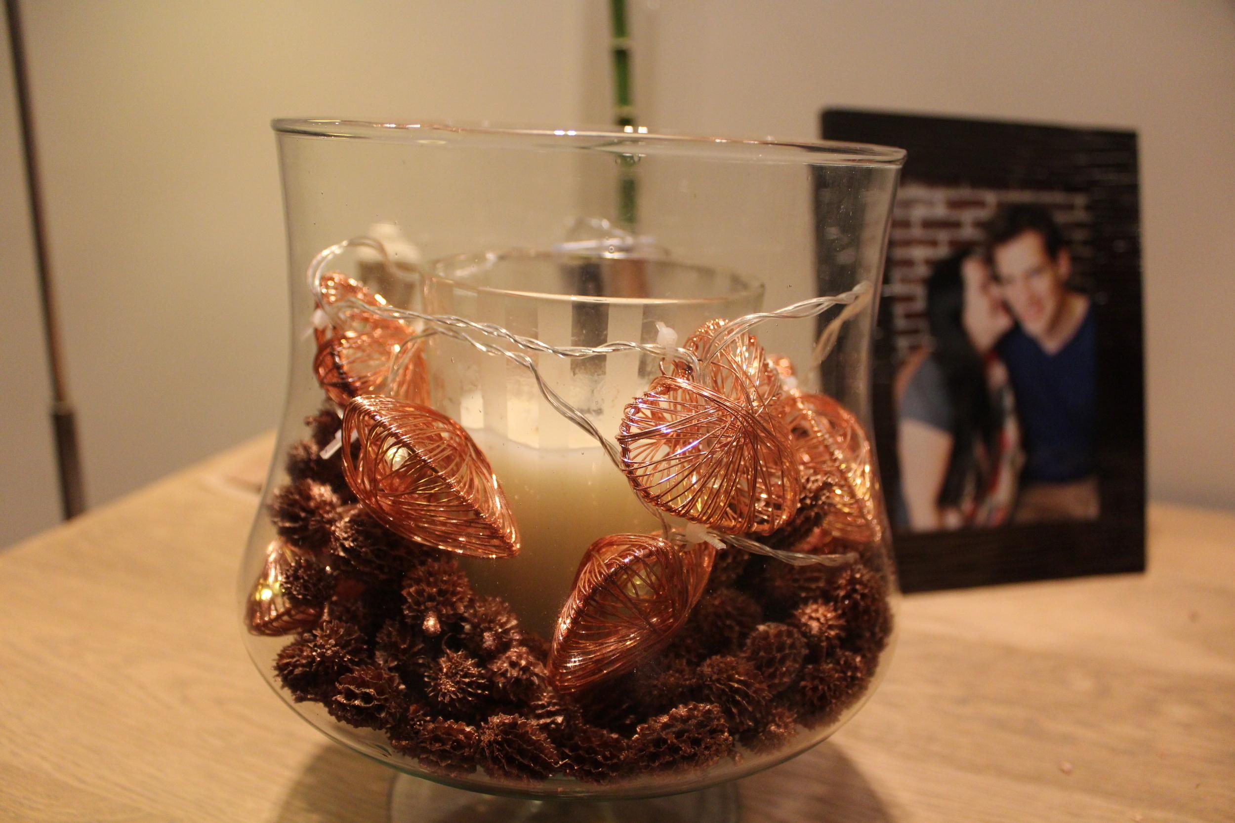 vase-candle-pine-cones-step3