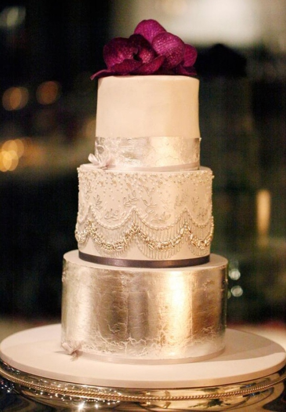luxury-glamorous-metalic-gold-wedding-cake-.jpg