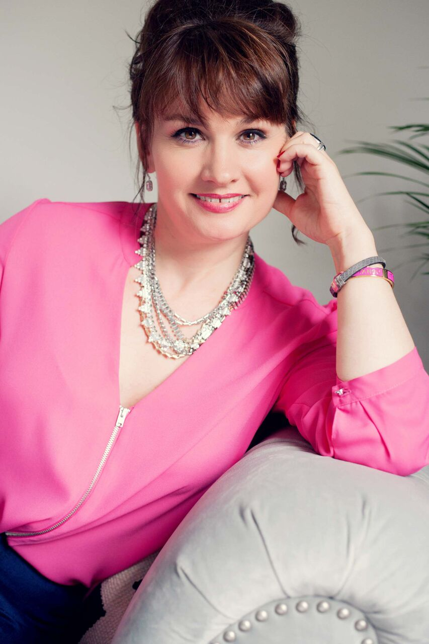 Becky-Barnes-Style-brand-photography-uk