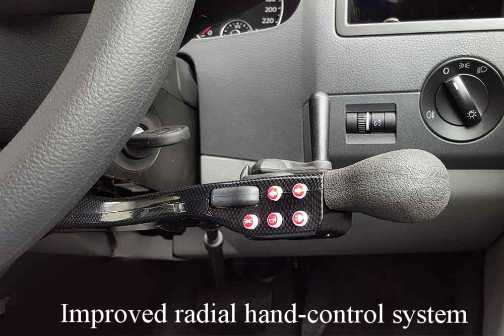 COMBINED BRAKE AND ERGONOMIC TRIGGER ACCELERATOR - - Fatigue free acceleration (light-action trigger)- Safety