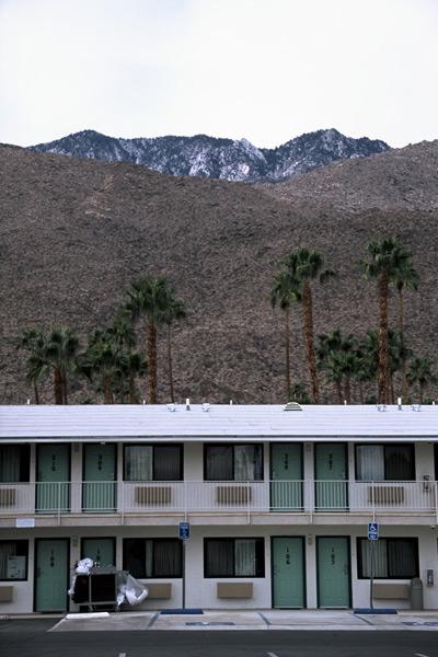 13_f1010019-palm-springs-hotel-pjm-goon.jpg