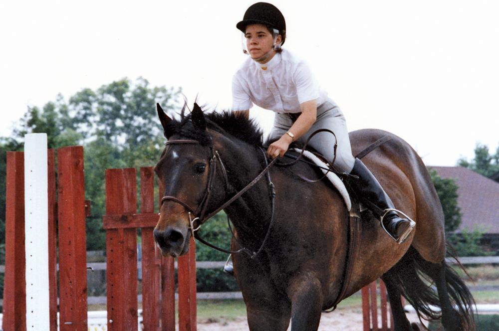 CB0708_Mitchell_Horse1.jpg