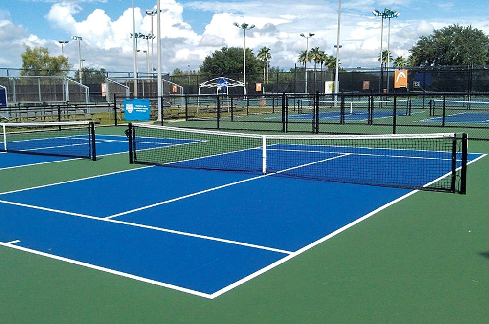 PRB1117_Warren_Tennis2.jpg