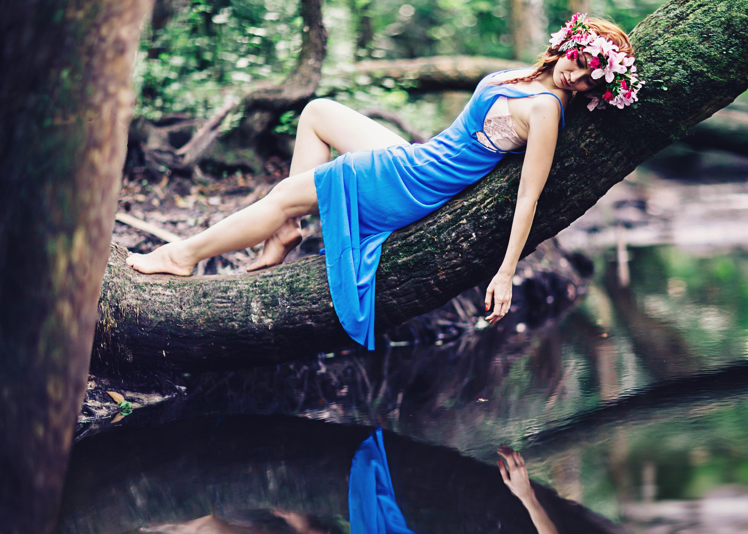 style session eva blue nature forest inspired vsco inspired morocco  sanford photographer shaina deciryan -8337-crop.jpg