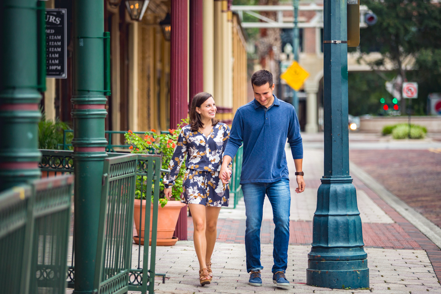 22 Oct 15Allie + David - Church Street Downtown orlando walkabout engagement - organic wedding photography 19.jpg