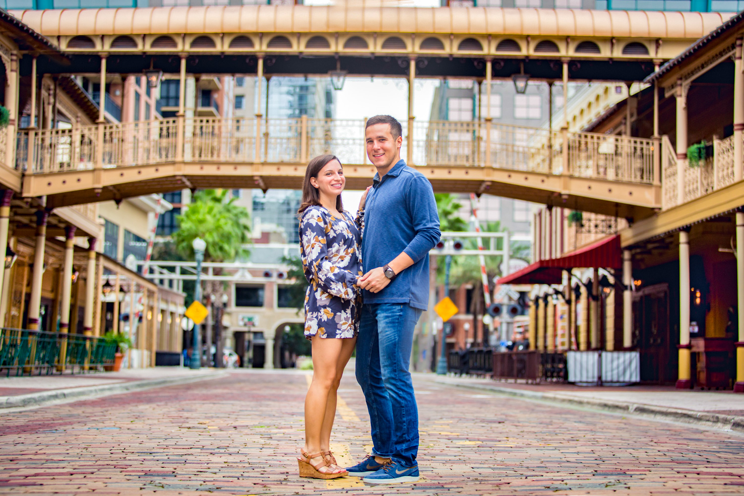22 Oct 15Allie + David - Church Street Downtown orlando walkabout engagement - organic wedding photography 11.jpg