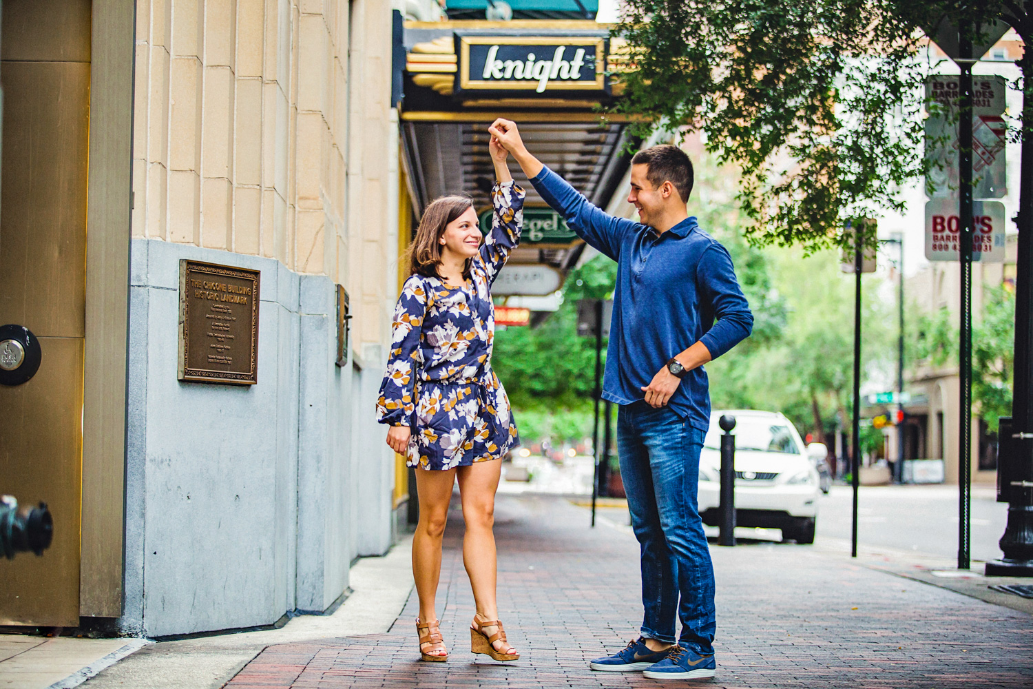 18 Sep 15Allie + David - Church Street Downtown orlando walkabout engagement - organic wedding photography 04.jpg