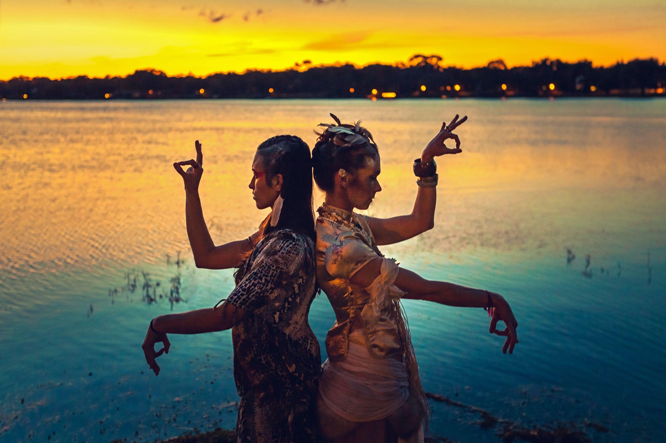 Electric Forest yoga LED light nomad festival style ethnic global fashion shoot warpaint tribal 9.jpg